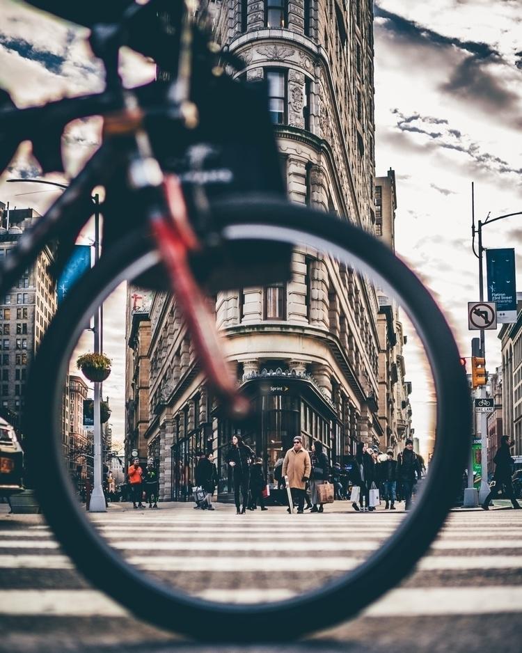 perspectives - nyc, newyork - ddskline | ello