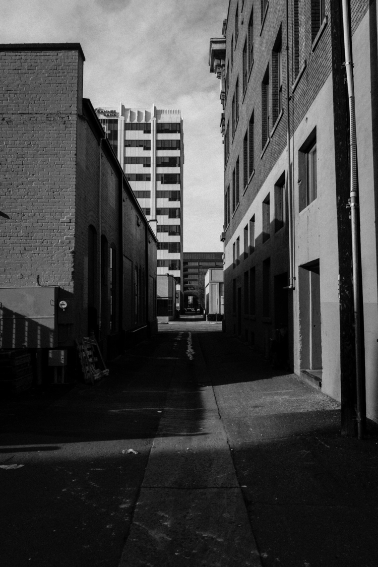 Downtown Alleyway:cityscape - Sony - mitchk | ello