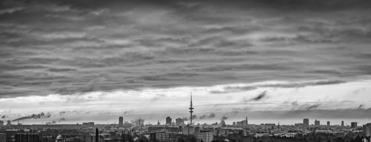 Hamburg Winter Morning - blackandwhite - gkowallek | ello
