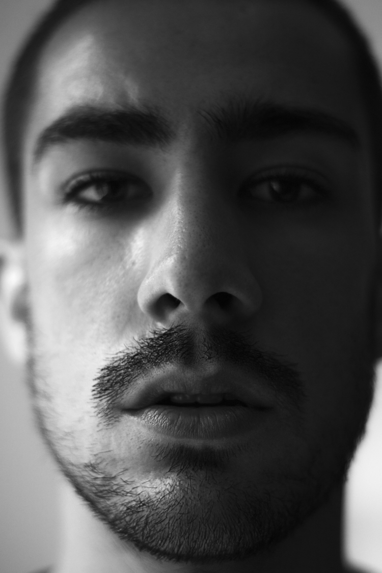 selfportrait - ddomion | ello