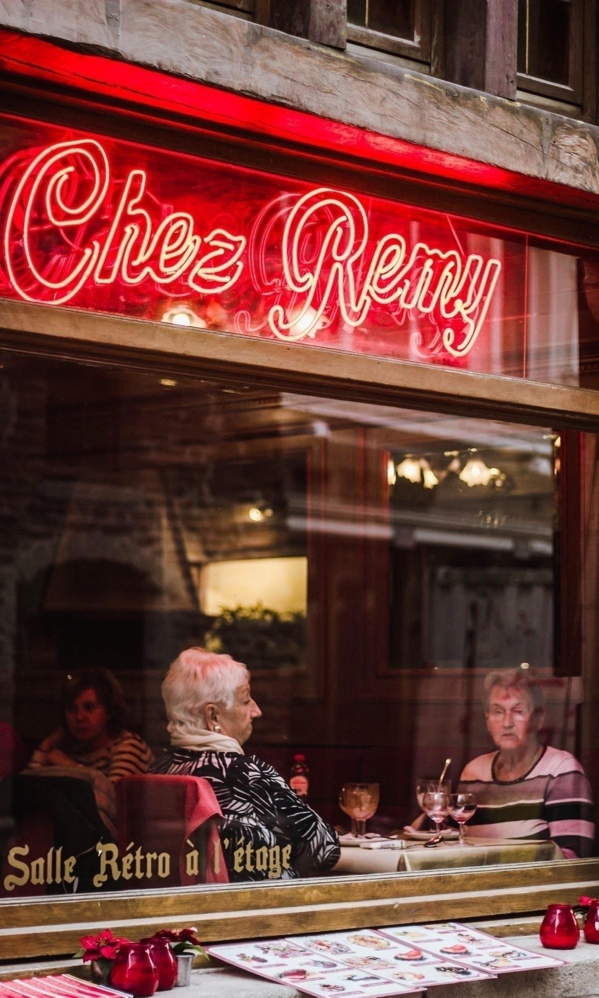1. Title: Chez Remy 2. Owner: L - _lauradex | ello