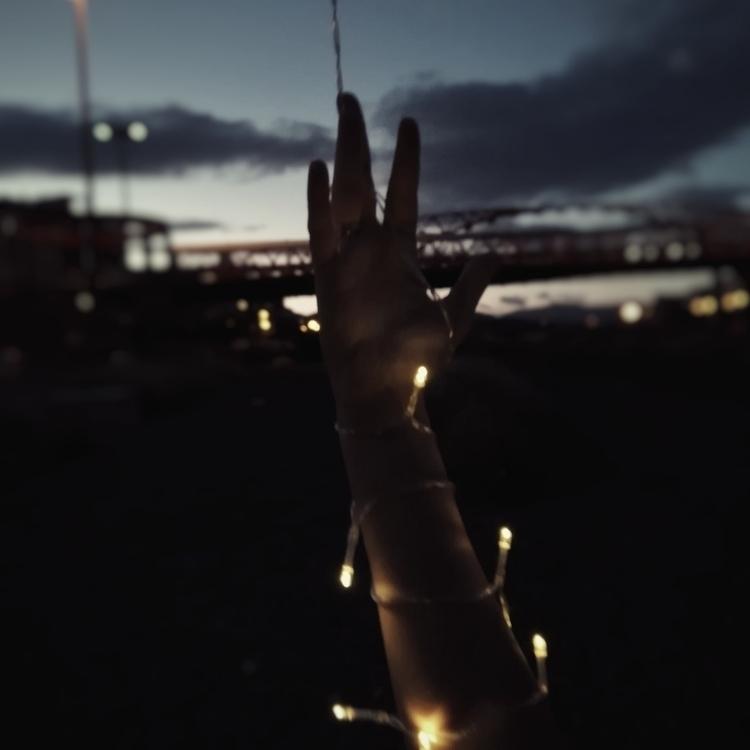 -secret-🤛 - alexphotographer   ello