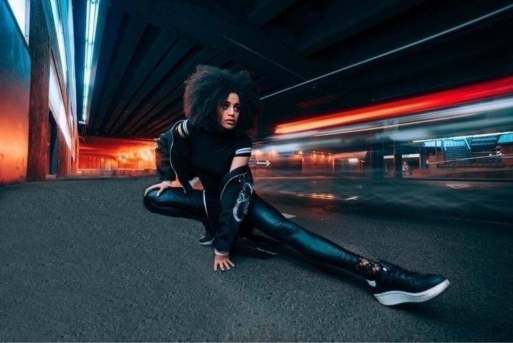 future, Woman Fotografía realiz - laylacheddi | ello