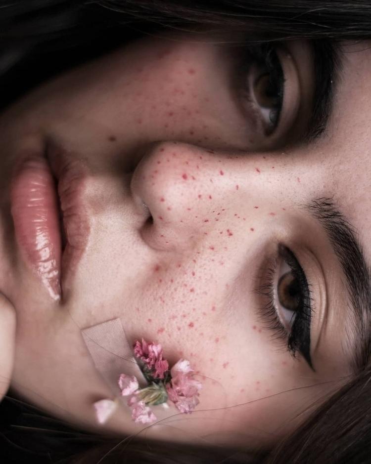 healing. portrait - celiacrespi | ello