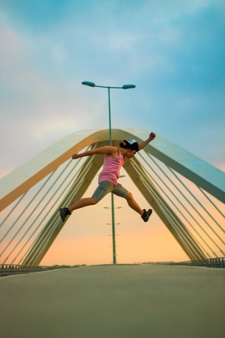 jump, salto, portrait, sun, photo - im_johnbrown | ello