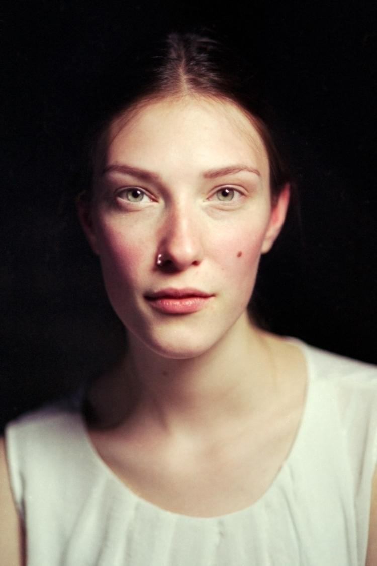 Johanna, Berlin Daniel Barth ho - lightasylum | ello