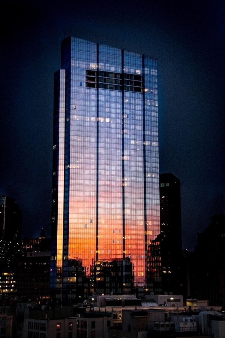 Sunset reflection - sergiodelamo | ello