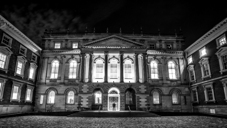 Osgoode hall night - osgoode, longexposure - vnrphotography | ello