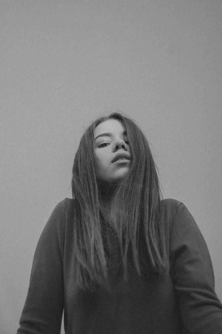 Tones  - bnw, girl, photography - jordyviz | ello