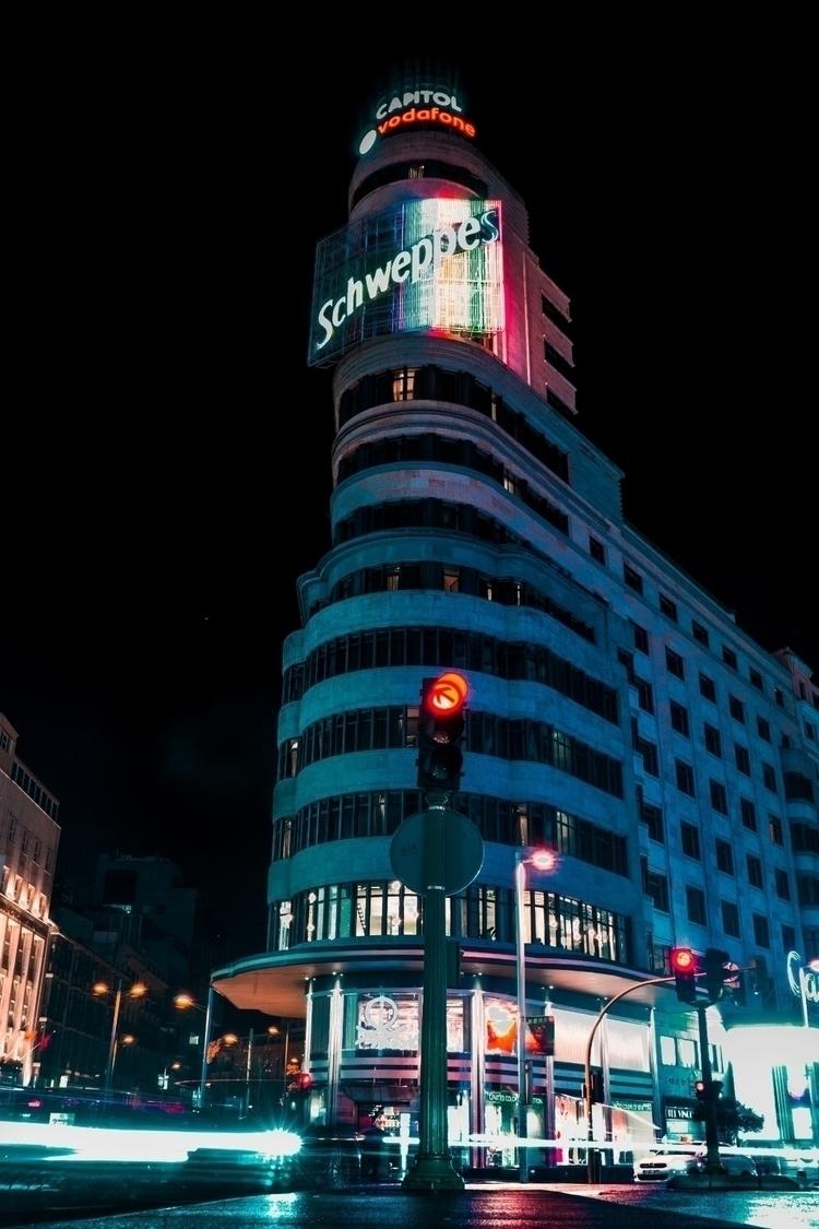 Iconic places - Callao, Madrid, longexposure - robsfer | ello