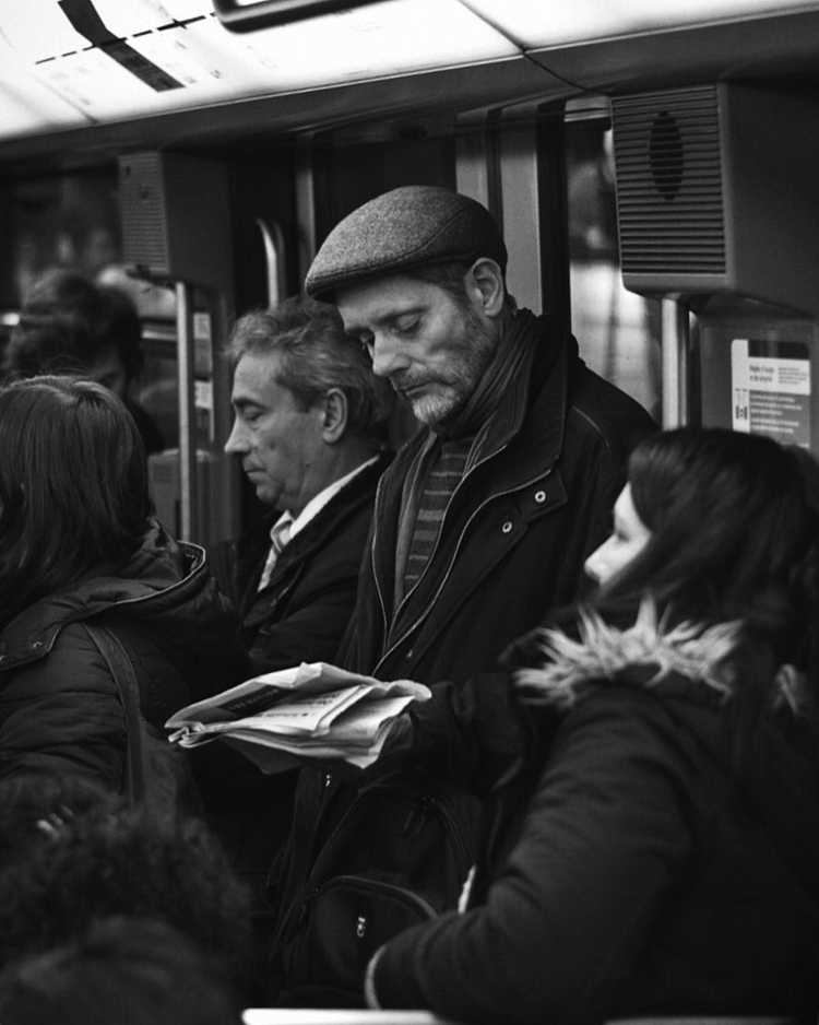 Subway routine - metro, subway, paris - francescovignozzi | ello
