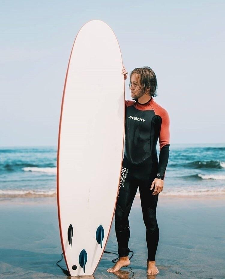 Surf - sport, fitness, boy, beach - angelmarrtinez | ello