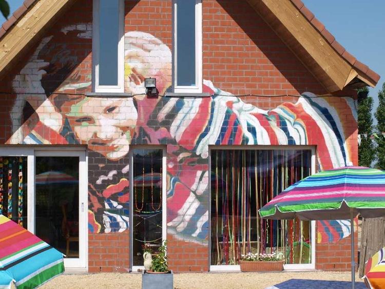 mural, colour, chalkwall, wallart - sonjamazereel | ello