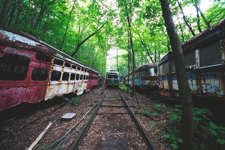 abandoned  - huntergawne | ello