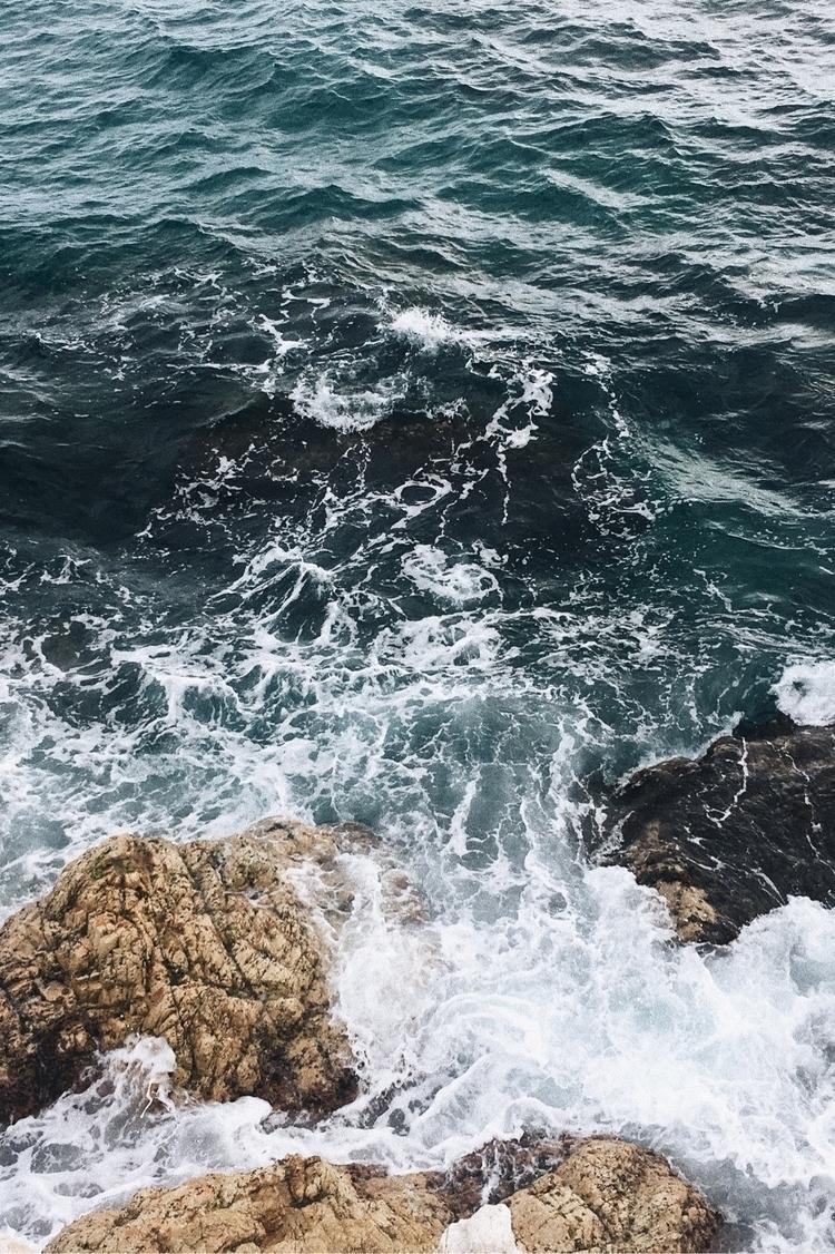 | Sea - thelifeofpablo | ello
