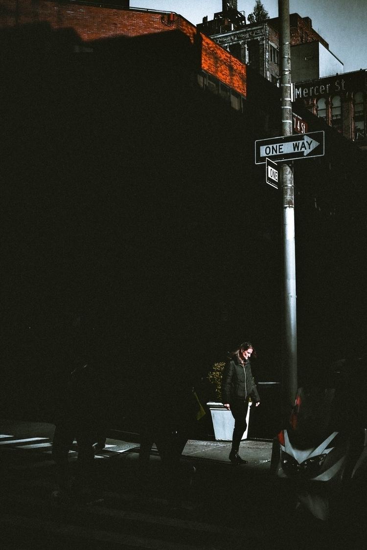 • Chasing light - rafaelfbarbosa | ello