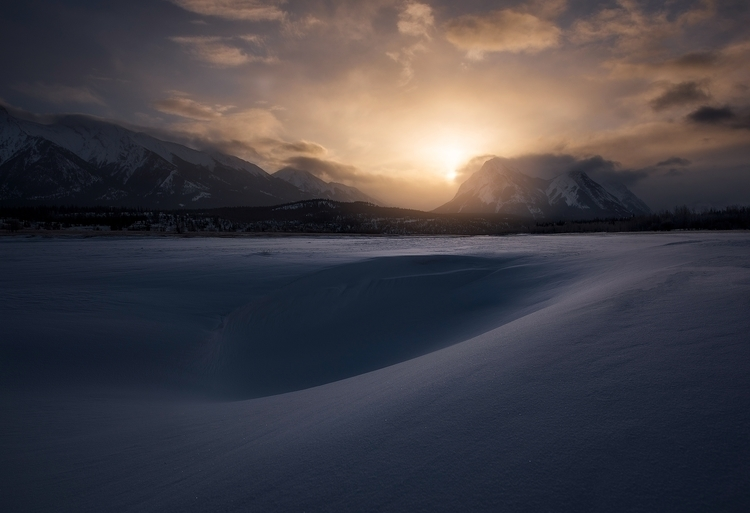 Winter Canadian Rockies absolut - tristan_todd | ello