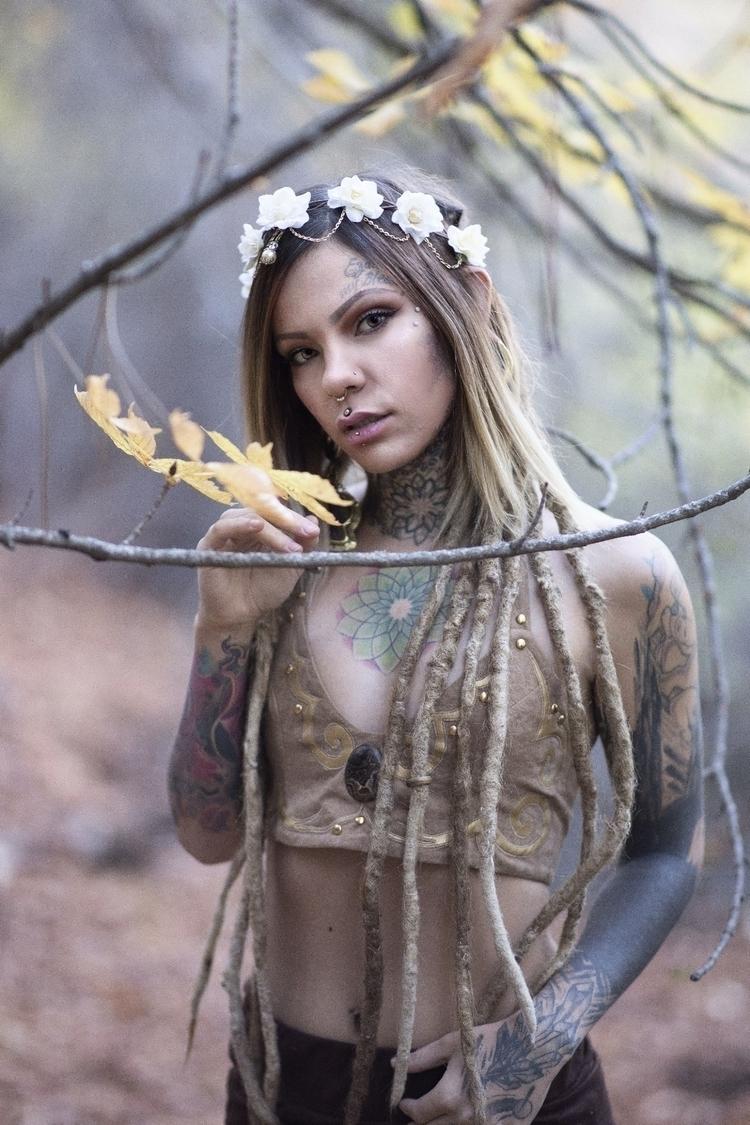 elf - dread, woman, body, vintage - fotografiadl | ello