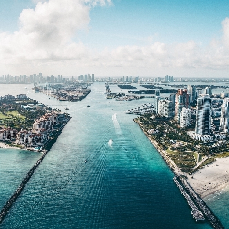 miami, aerialphotography, cityscape - iiivisions | ello