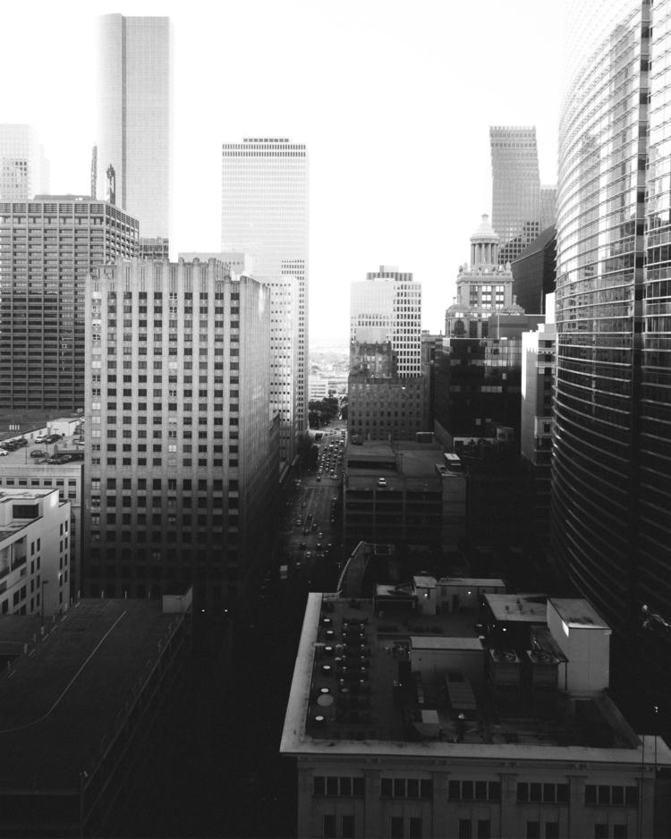 Houston, streetphoto, cityscape - bvrrera | ello