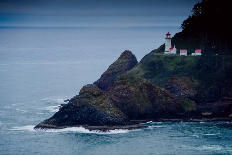 Oregon, oregoncoast, lighthouse - sandyrwindham | ello