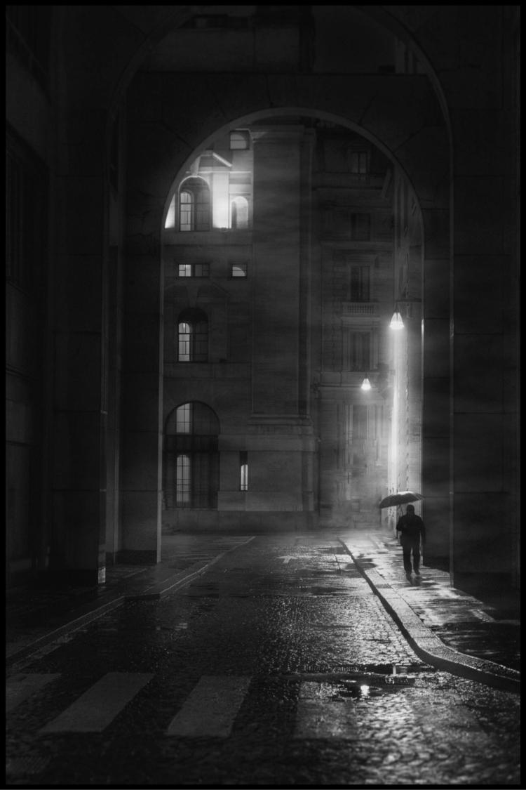 Rainy Days - rain, blackandwhite - marcogaia   ello