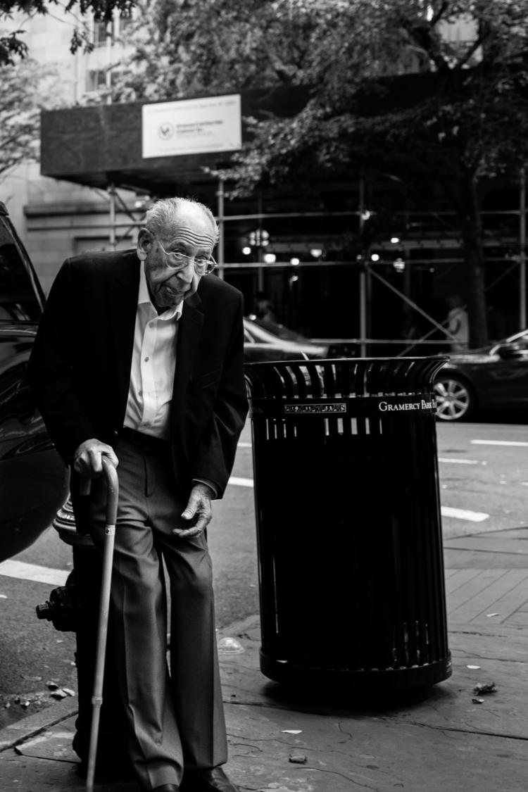 Manhattan - 2017  - blackandwhite - isaacadler | ello