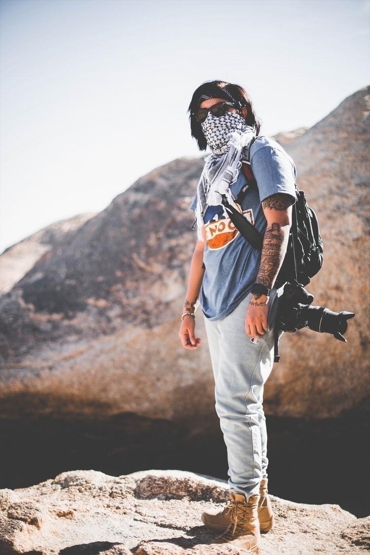 Hiking Joshua Tree - Photojournalism - nbdysbaby_   ello