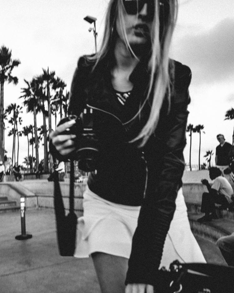 idea - streetstyle, ricohgr, streetphotographer - boenau | ello