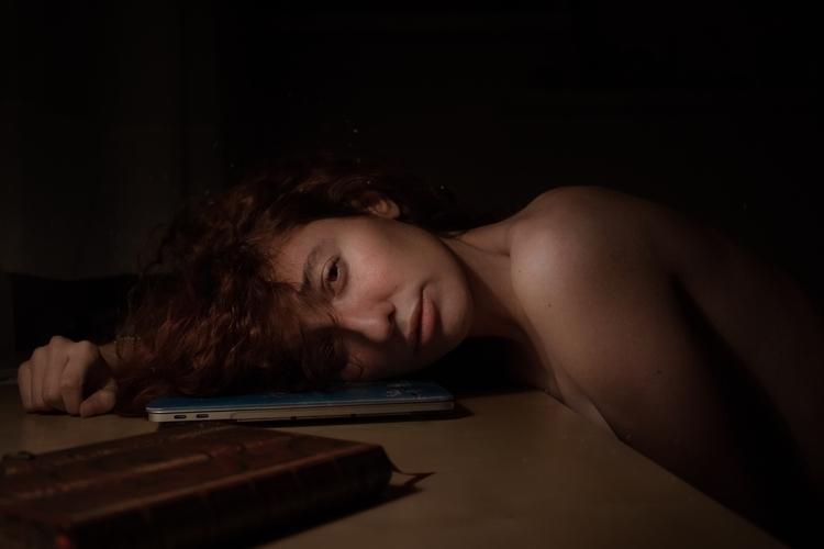 Cry · autorretrato - selfportrait - merystudios | ello