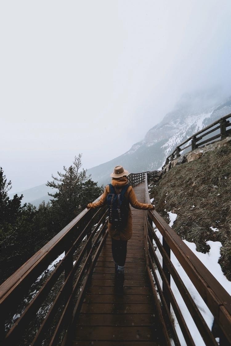 Discovering - snow, folk, mountain - lanoiadelbarret | ello