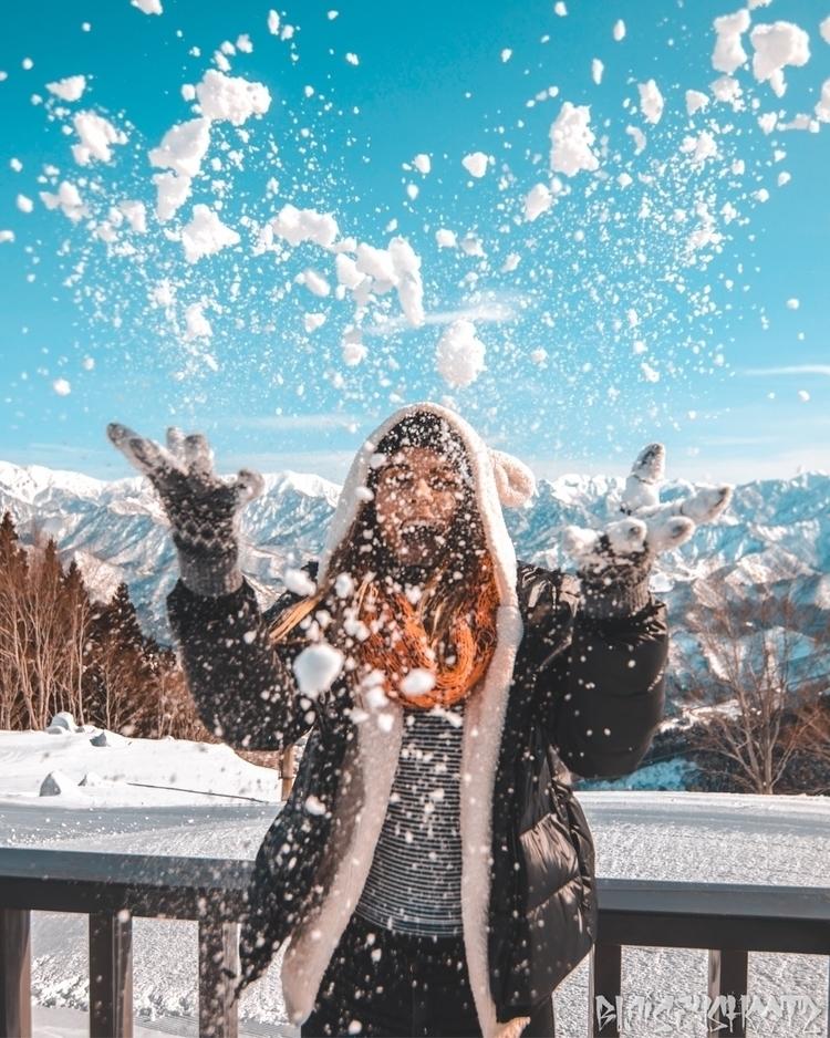 :snowman_with_snow:️:snowman_wi - blaisey_shootz | ello