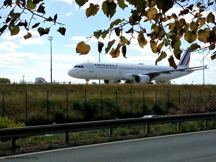 Air France Paris - Roissy, CDG  - niki_m | ello
