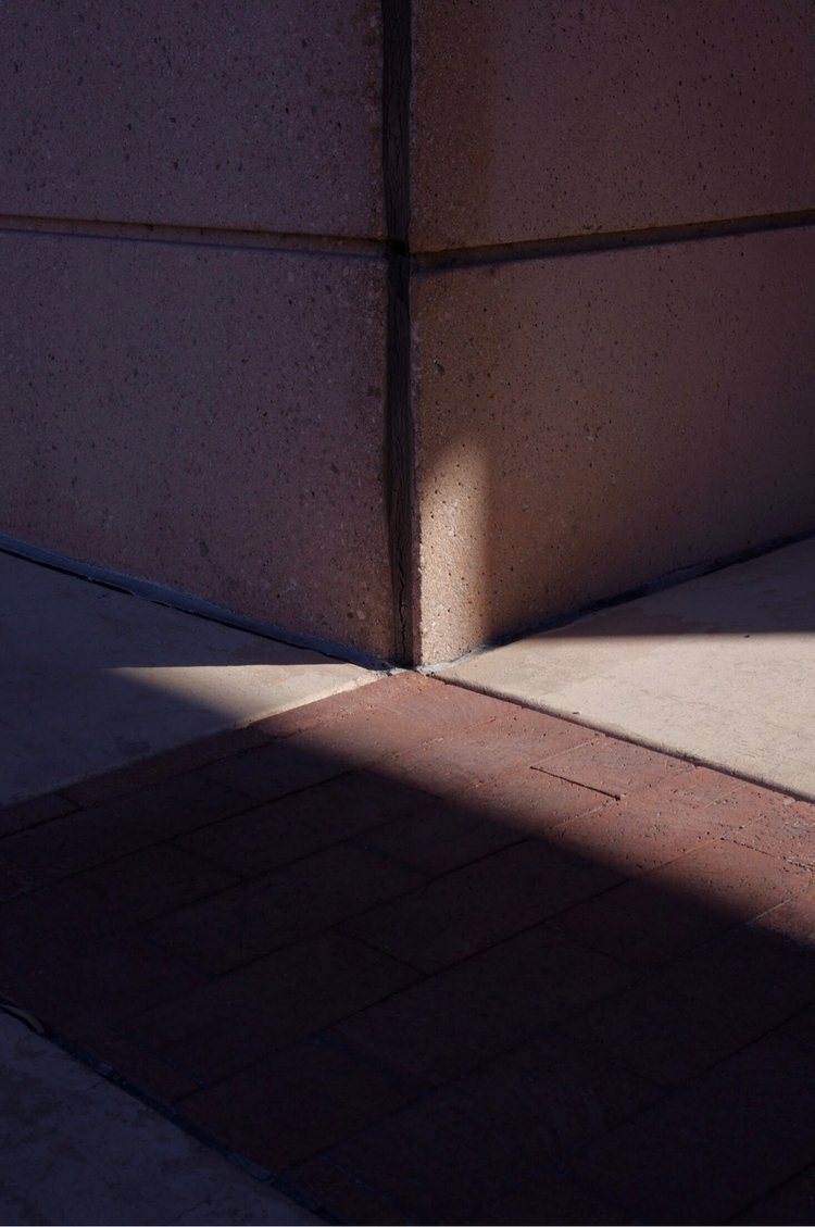 Splitter - ellophotography, newtopography - danschumannmraz | ello
