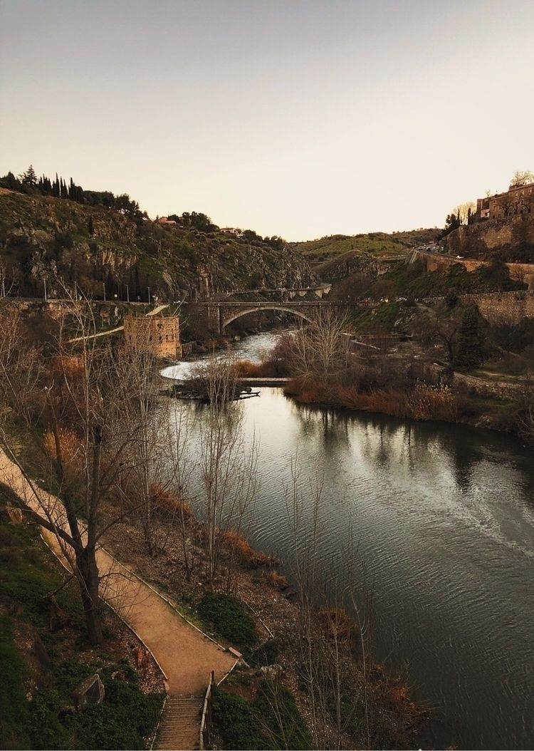 BEAUTY PLACE TOLEDO, Spain - ginvet | ello