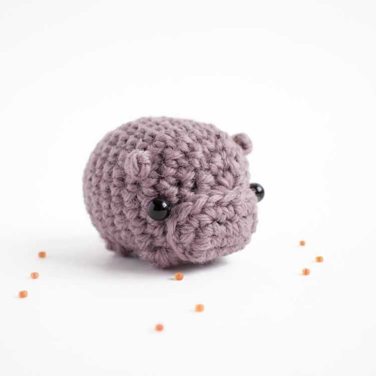 Amigurumi day 94 small purple h - mohu | ello
