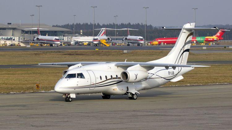 Sun-Airs Dornier 328 på appron  - klavs1972 | ello