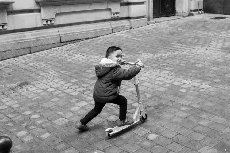 race - La Bruges - streetphotography - jluko | ello