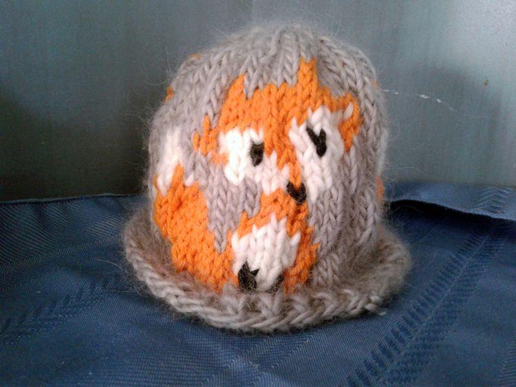 softest handknit hat 100% worst - valentinacano | ello