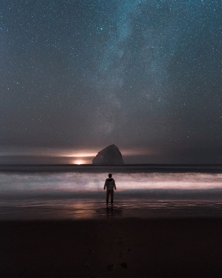 Distant galaxies Cape Kiwanda,  - tnellly | ello