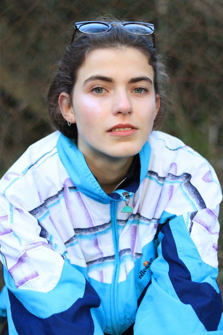 Isabelle, Jan 2018 Photographer - emilyfry | ello