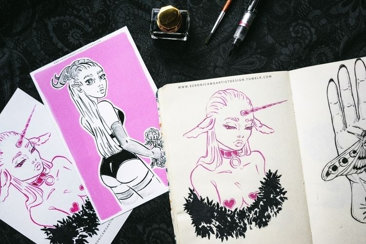 art account - women, love, pink - veronicamg_illustration | ello