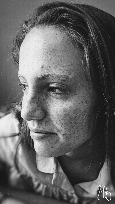 •Model:: Carlota Pole - BW, portrait - marialpzdeturiso | ello