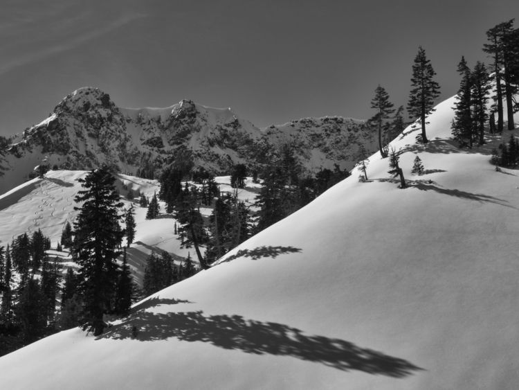 view Brokeoff Mountain, Lassen  - aaronvizzini | ello