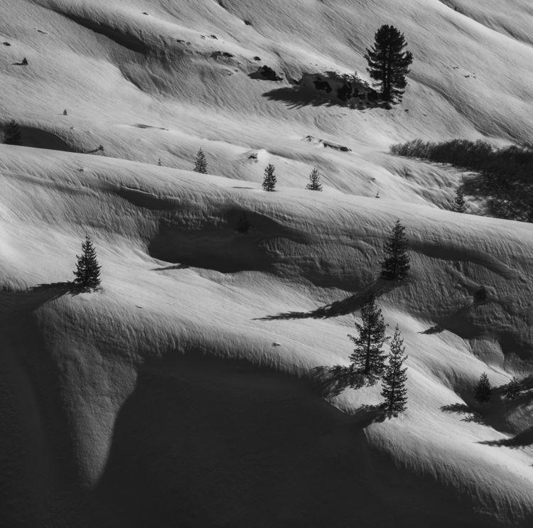 Winter Lassen Volcanic National - aaronvizzini   ello