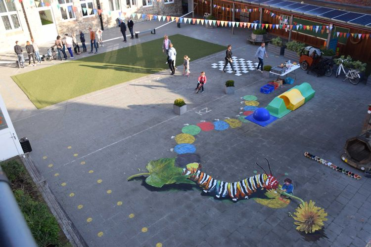3Dpainting schoolyard, 'real' c - sonjamazereel | ello