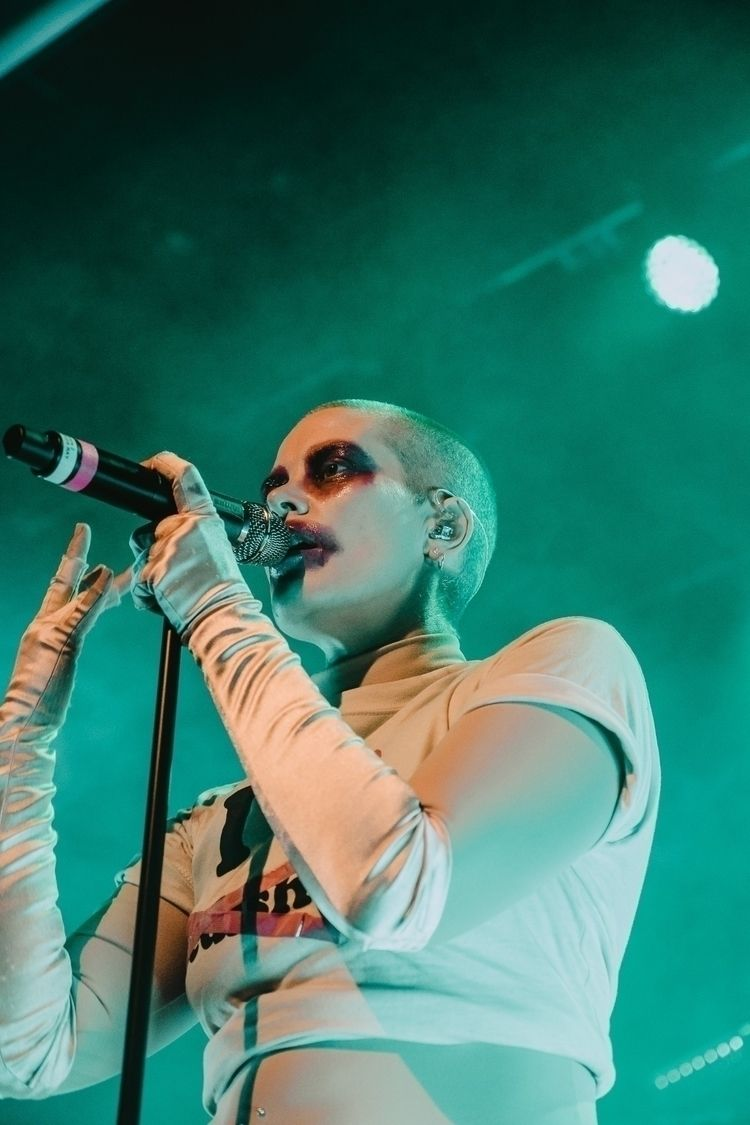 Fever Ray performing Volkshaus  - blickwechsel | ello