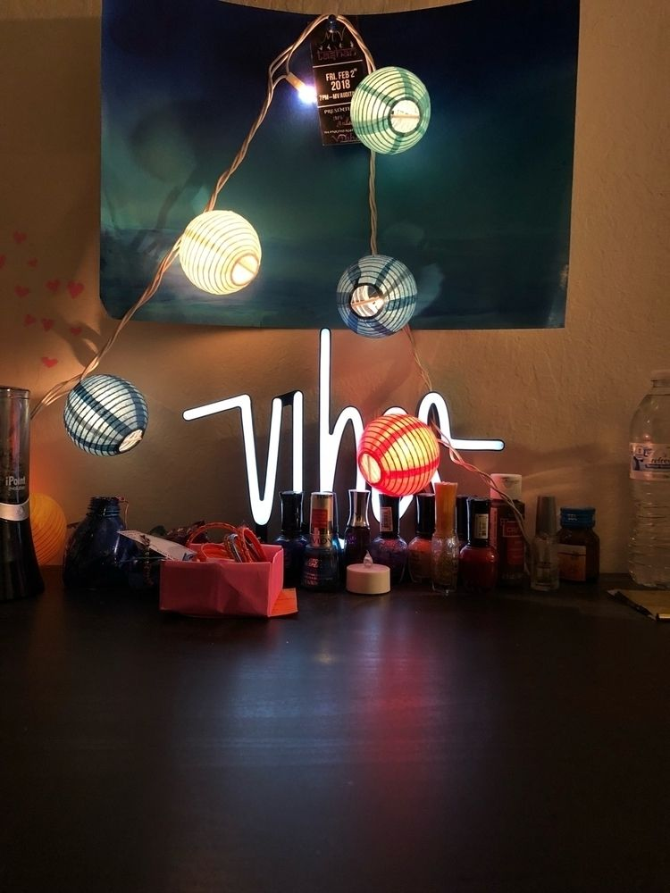 vibes, lights, nailpolish, table - unlistd | ello