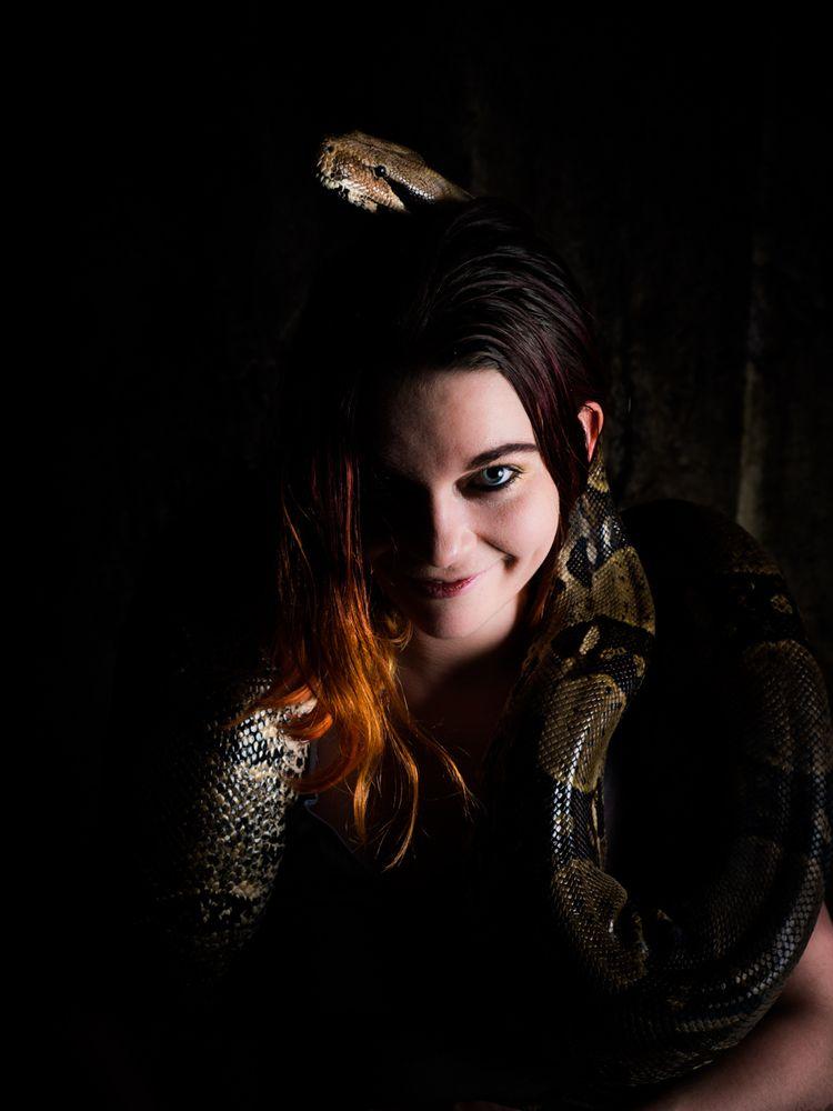 red, redhead, snake, female, snakecharmer - akinokitsune | ello