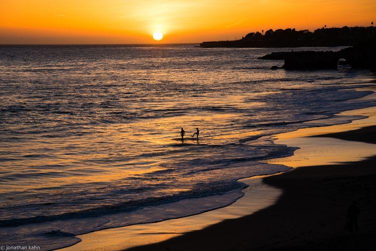 Sunset fun Beach, Santa Cruz CA - jonkahn   ello